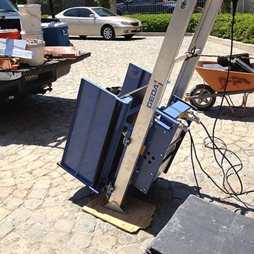 Geda cserépfelvonó állványos építési ferdepályás felvonó cseréplift bérlése kölcsönzése