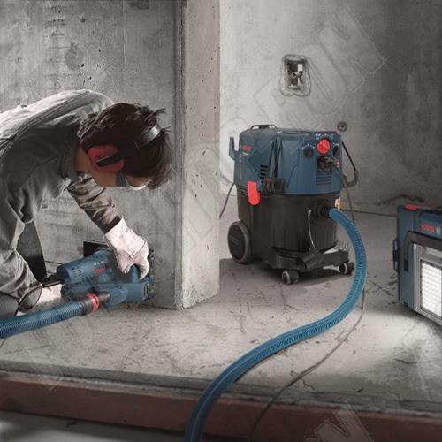falhoronyvágó falhoronymaró gép bérlése kölcsönzése bosch gas 35l ipari porszívóval