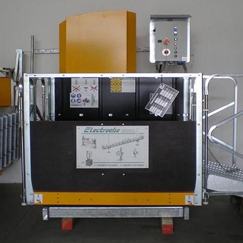 EHPM 1000 oszlopos építési építkezési felvonó teherfelvonók bérlése kölcsönzése építkezésekhez